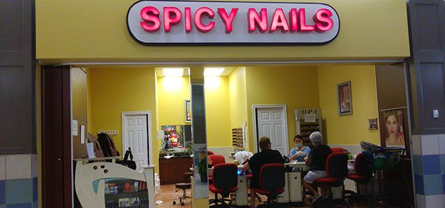 spicy nails